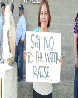 delano-water-rate-protest-4-15-13-060